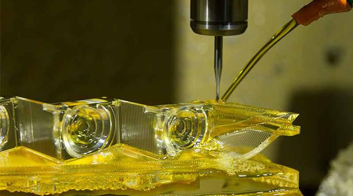 Finishing methods used in Acrylic machining